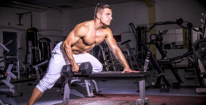 extension-de-triceps-con-mancuernas
