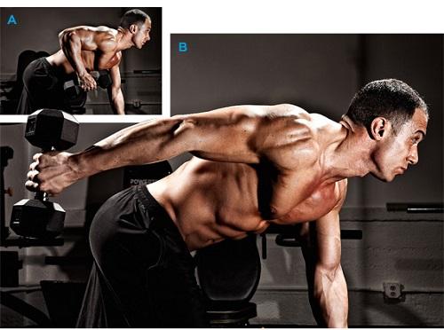 Extensión de tríceps con tronco inclinado