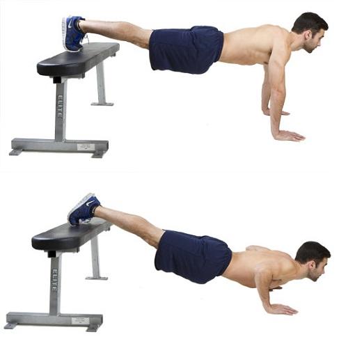 flexiones de brazos con piernas arriba