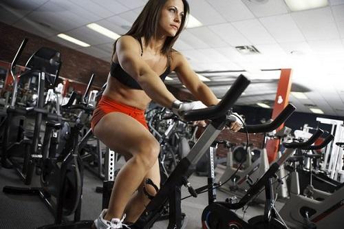 mujer-haciendo-spining