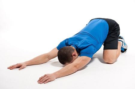 Flexión-lumbar-de-rodillas